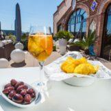 club-sumoll-Vermutet-olives-i-patates